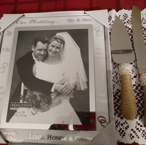 Wedding 8x10 picture frame and knife and server